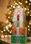 Украинцы назвали самые желанные подарки на Новый год